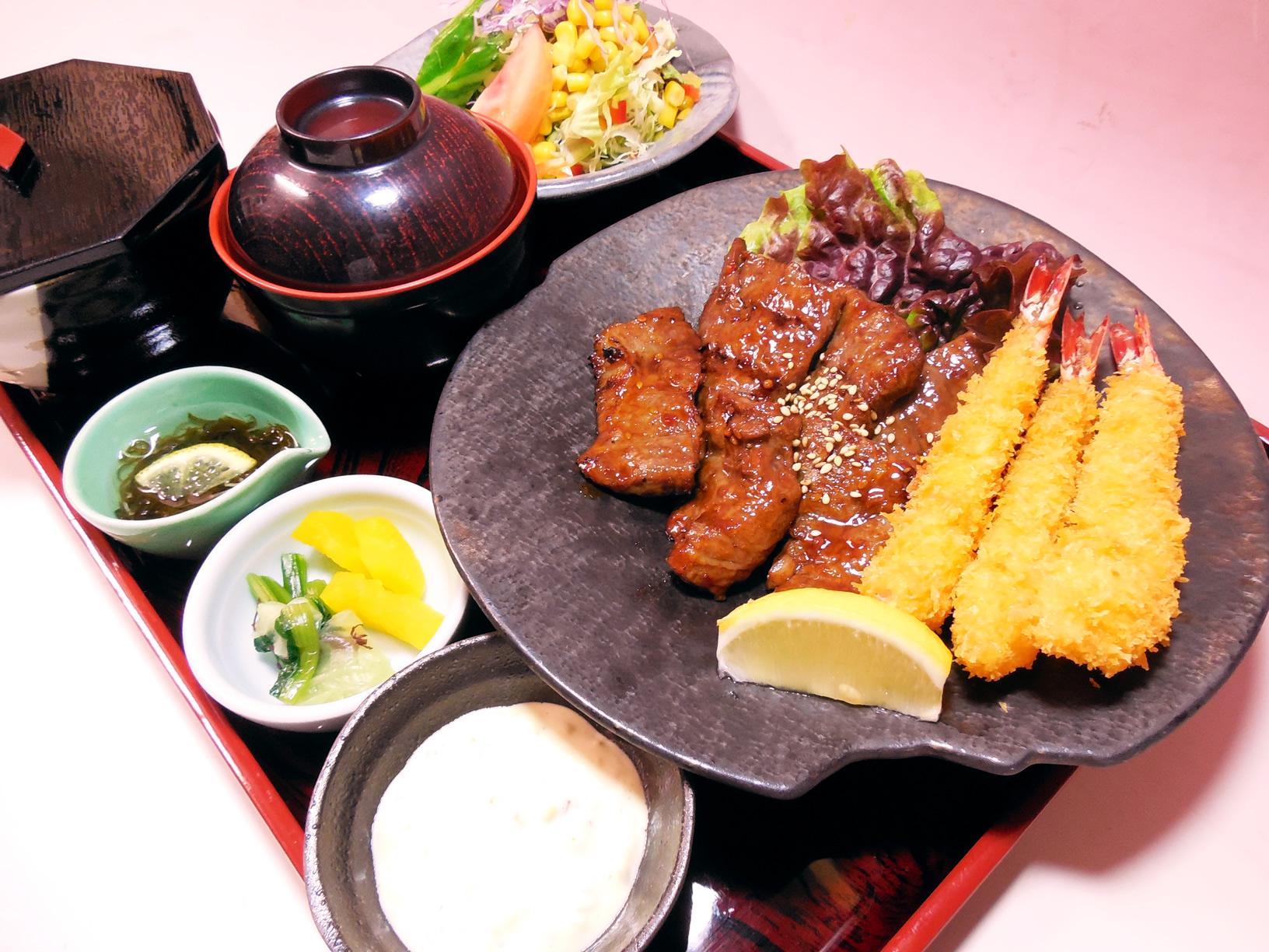 焼き肉海老フライ定食1,850円